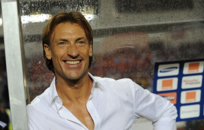Zambian coach Frenchman Herve Renard smiles before the kick-off at the Africa Cup of Nations (CAN) final football match between Zambia and Ivory Coast at stade deI'Amite in Libreville, Gabon on February 12, 2012. AFP PHOTO/ PIUS UTOMI EKPEI